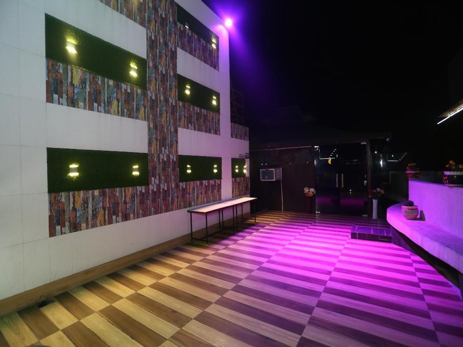 OYO 27731 Hotel Grand A-star, Meerut