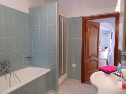 Apartments in Karigador/Istrien 35277, Brtonigla