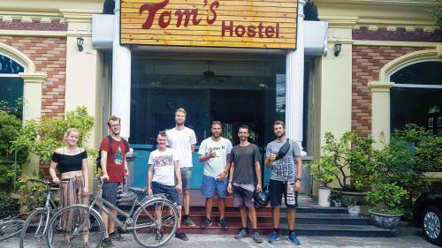 Tom's Hostel, Hoa Lư