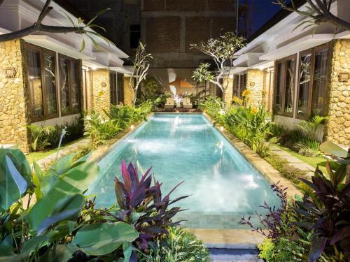 Pool Access Room At Kerobokan, Denpasar
