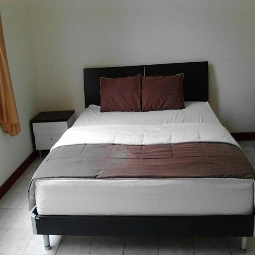 Santibi Villa Nottingham CC, Bogor
