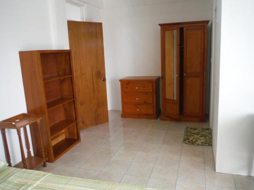 Colls Apartment Complex,