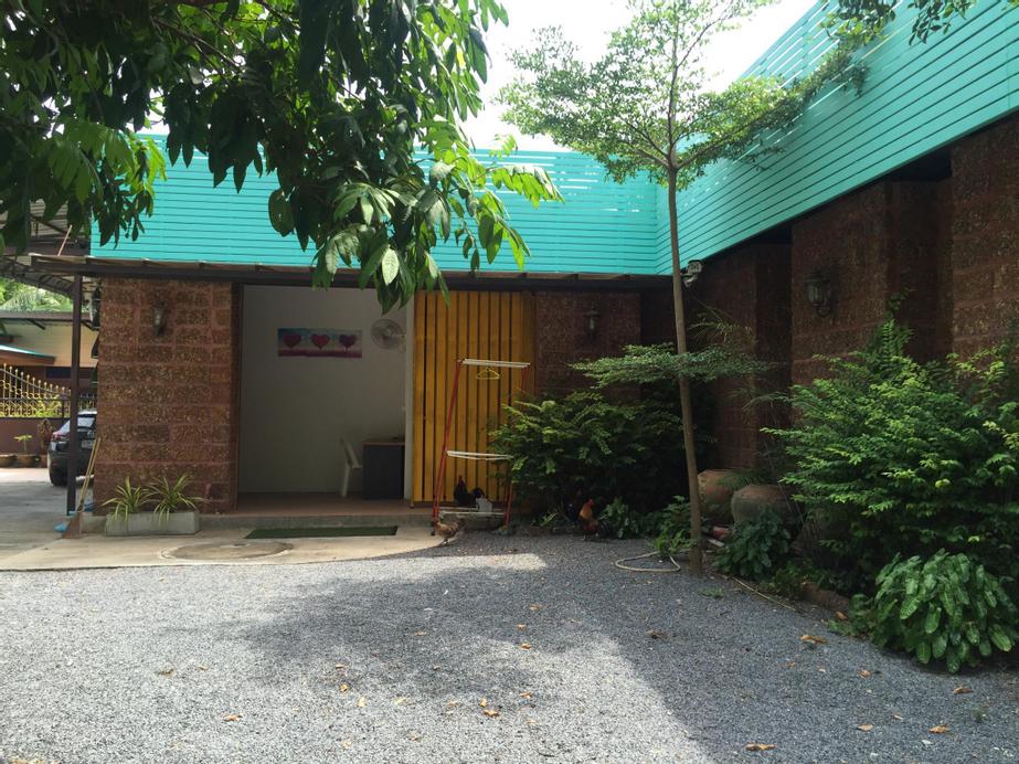 Srithongkul Village (Hostel Room), Ko Phangan