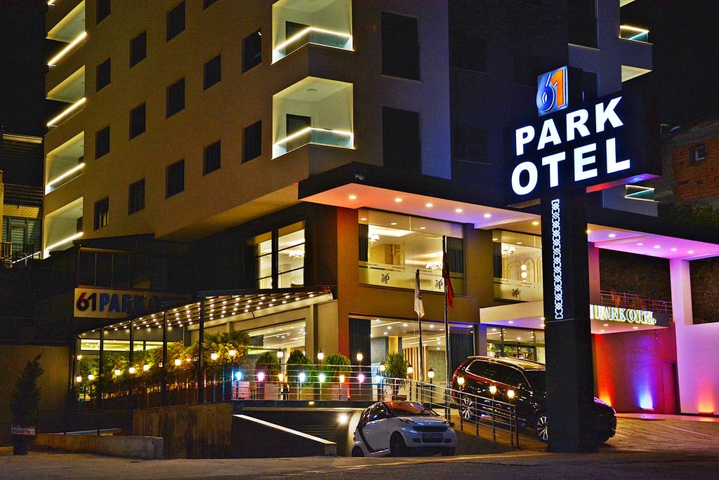 61 Park Otel, Merkez