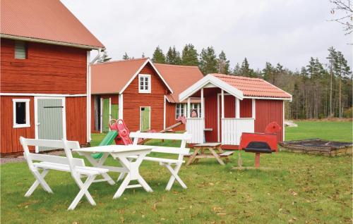 Three-Bedroom Holiday Home in Mariannelund, Vetlanda