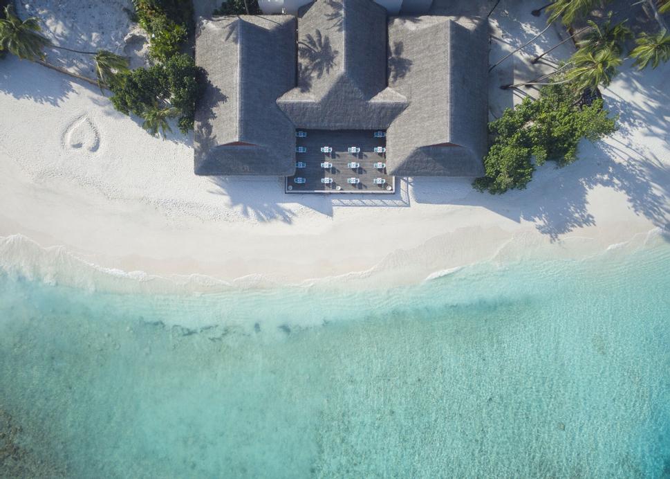 Malahini Kuda Bandos Resort, Malé