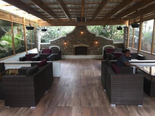 Hotel Lammergeyer, Semen Gondar