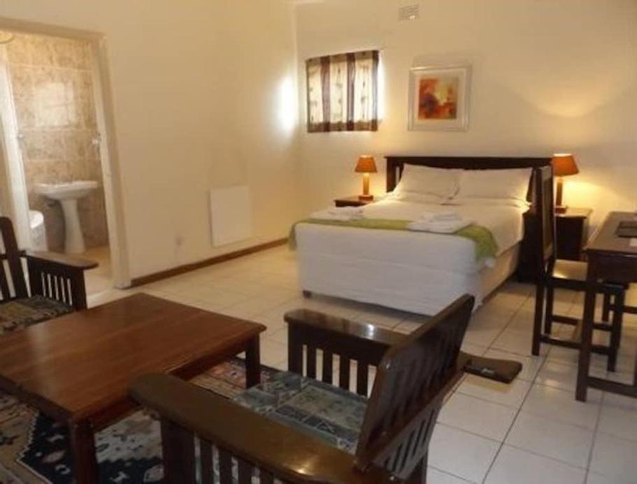 Zaks Place, Bulawayo
