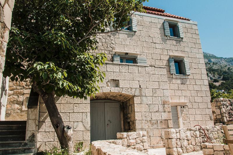 Stone Lady - Holiday Home, Omiš