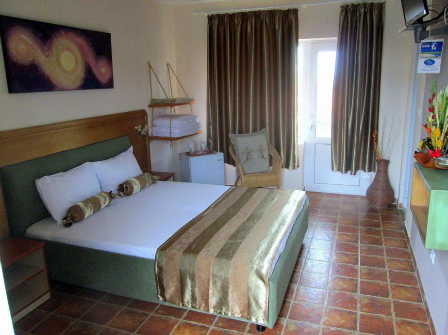 Hotel Jakuzzi, Limanu