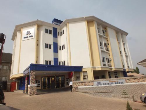 Nafelis Hotel, Enugu North