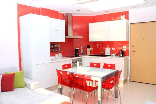 Luxury seafront apartments, Sarandës