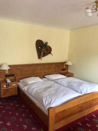 Gastehaus Hotel zum weißen Stein, Altenkirchen (Westerwald)