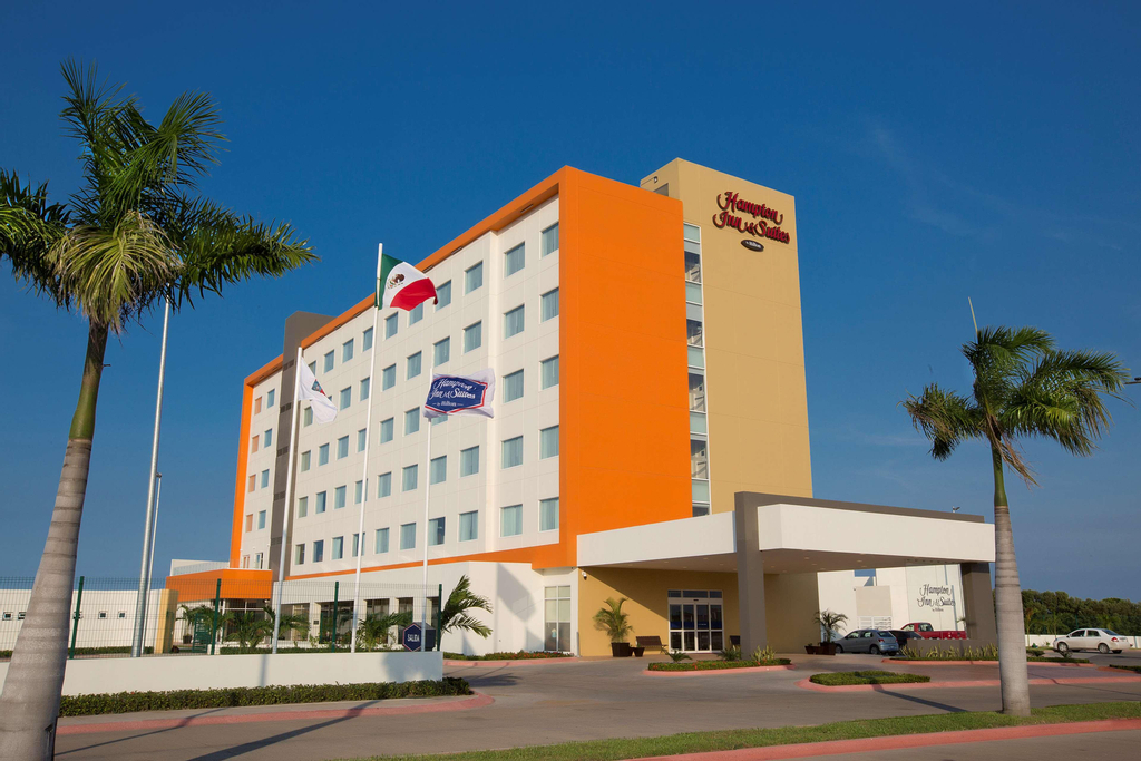 Hampton Inn & Suites by Hilton Paraiso, Paraíso