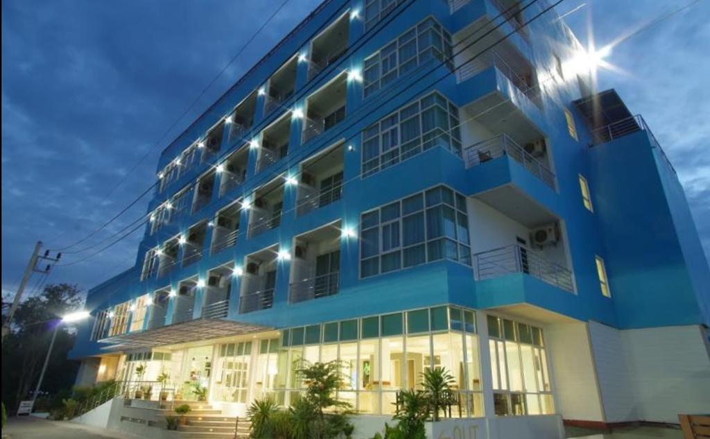 Like Residence, Muang Surat Thani