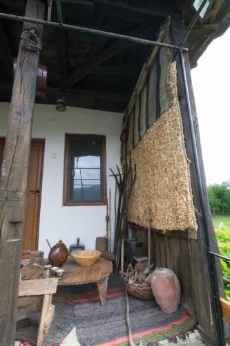 House of Village, Ugarchin