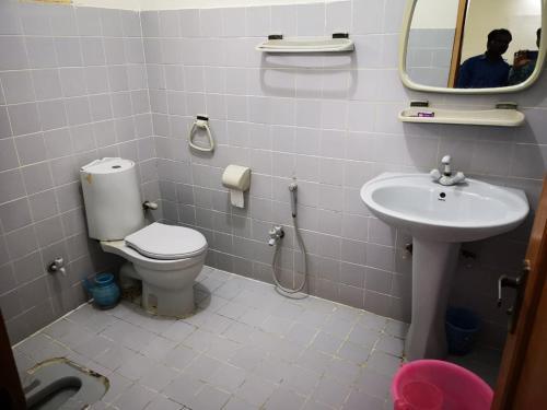 Step Inn Guest House, Sukkur