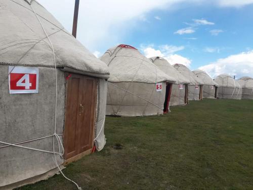 Yurt Camp Baiysh at SongKul Lake, Song-Kol