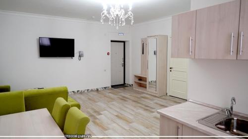 Sira Din Hotel, Groznyy