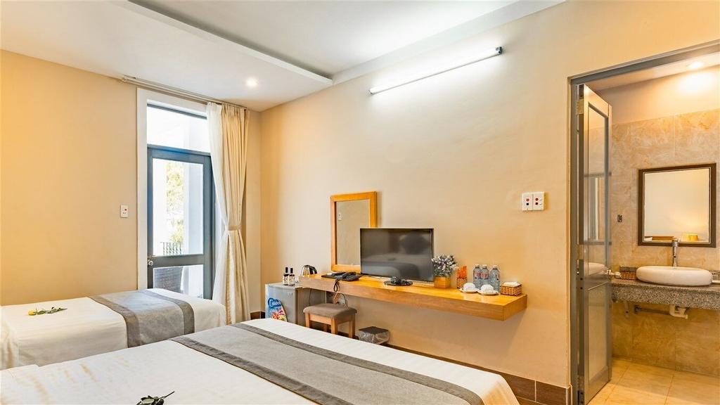 Jazz Hotel, Sơn Trà