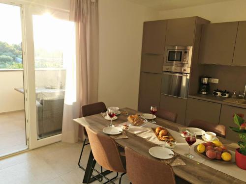 Apartments Dora, Pula