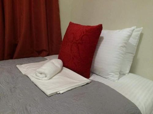 4V's Guesthouse at Pontefino Batangas, Batangas City