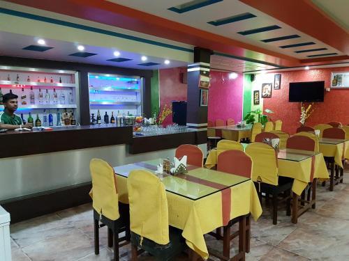 Hotel Kohinoor, Mechi