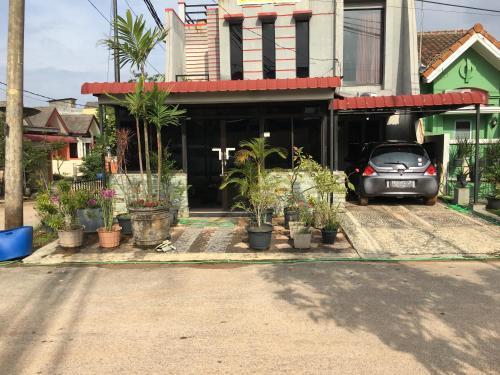 Plamo Garden Guest House, Batam