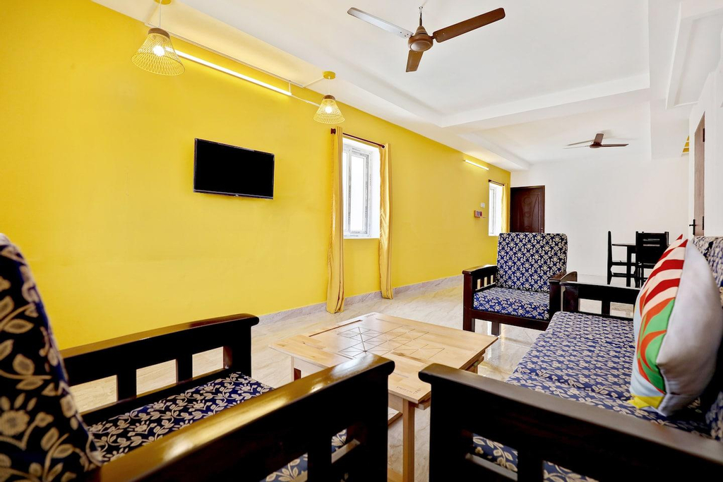 OYO Home 29985 Vibrant 1bhk Near Ig Square, Puducherry