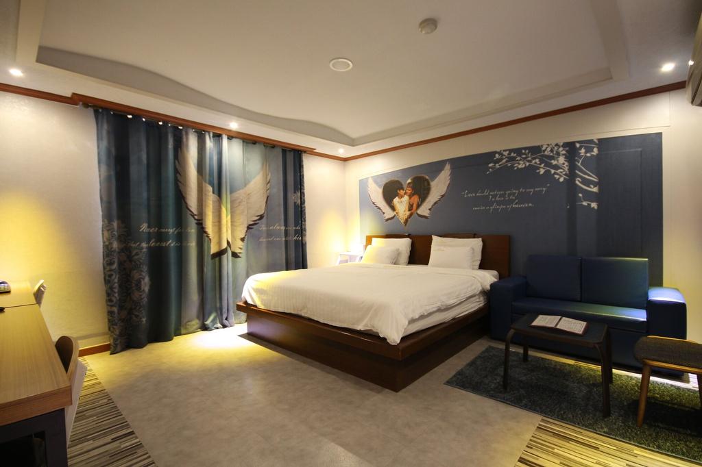 Hotel New Evergreen, Muan
