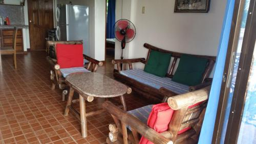 PRIVATE HOME, Puerto Galera