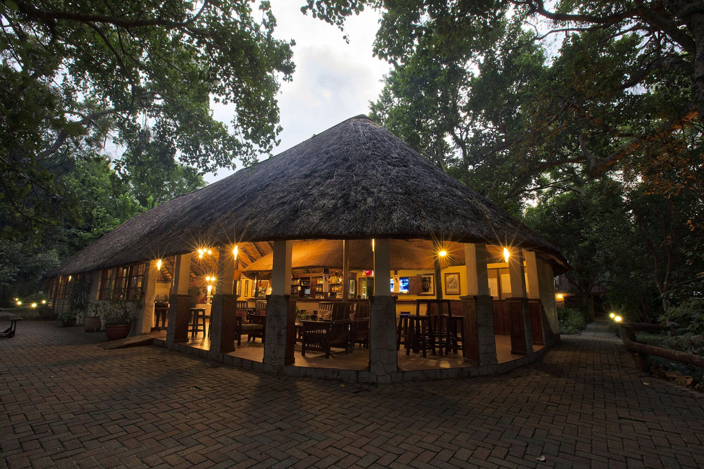 Island Safari Lodge, Ngamiland East