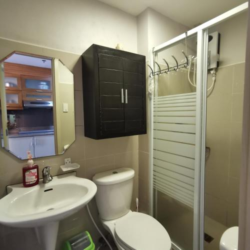 Twin rm suites in grass residences, Quezon City