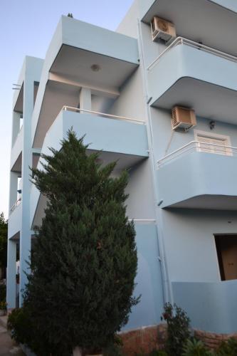 Vila Hyseni Ksamil, Sarandës