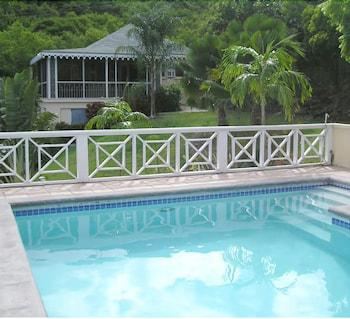 Dolphin House Villa,