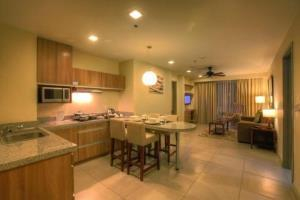 Two Bedroom Suite With Front A View Balcony 2 Rud 104345, Baguio City