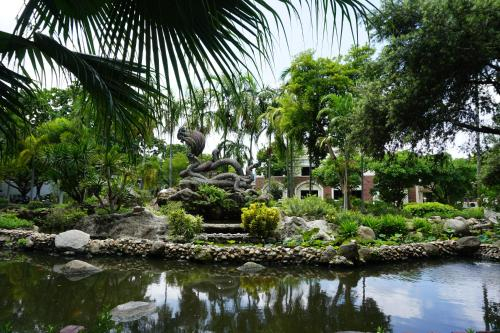 Gallery House, Prakanong