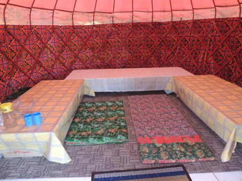 Aikol Yurt Camp, Jumgal