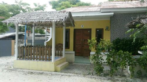 Raline F Homestay, Thousand Islands