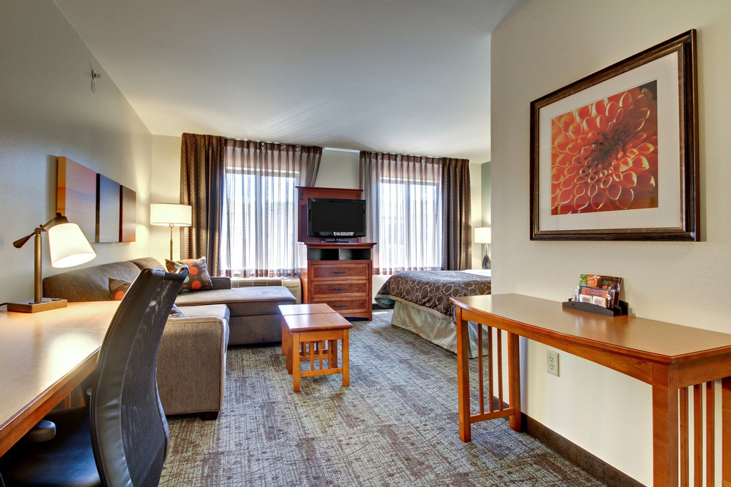 Staybridge Suites Middleton Madison-West, Dane
