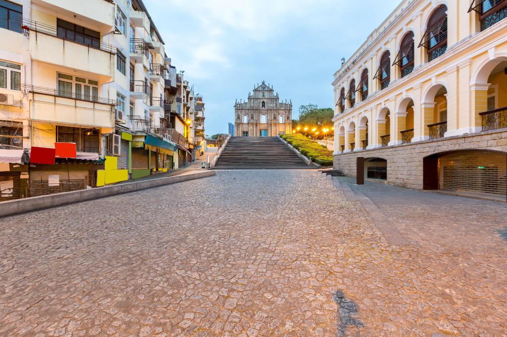 5 Footway Inn, São Lázaro