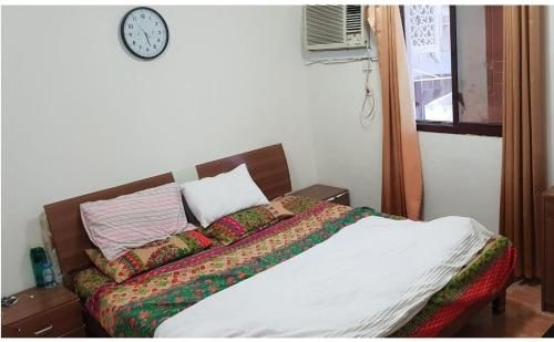 One full furnished room with shared bath and kitchen with single owner.,