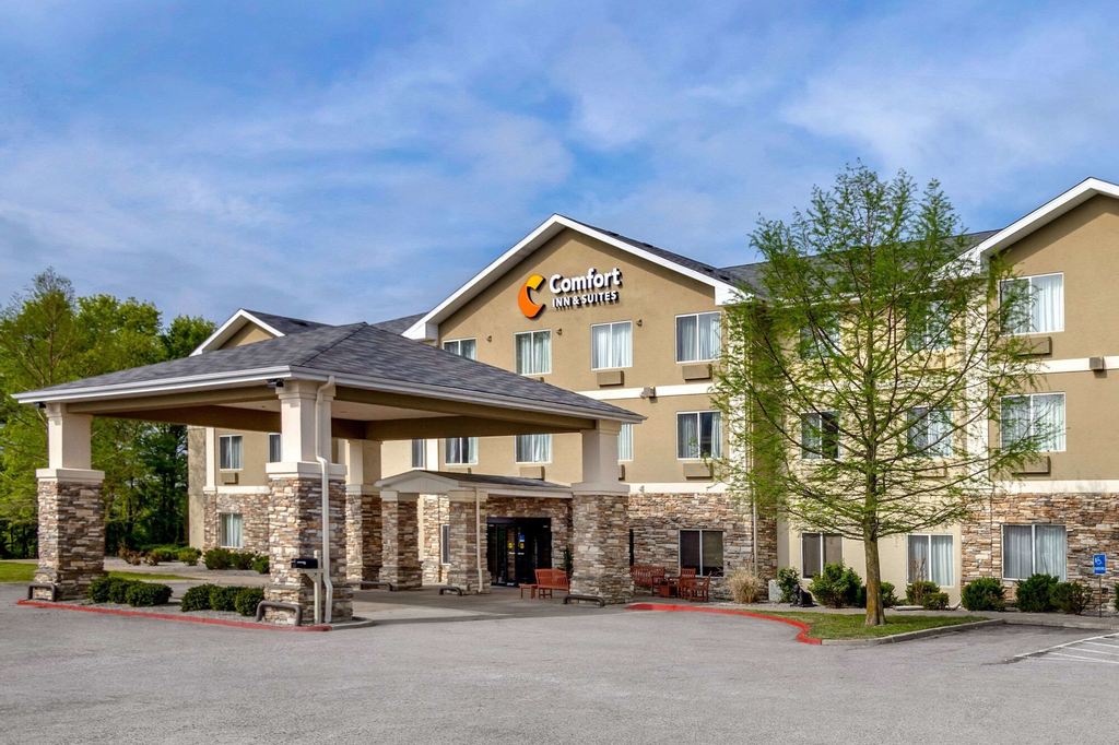 Comfort Inn and Suites Pittsburg, Crawford