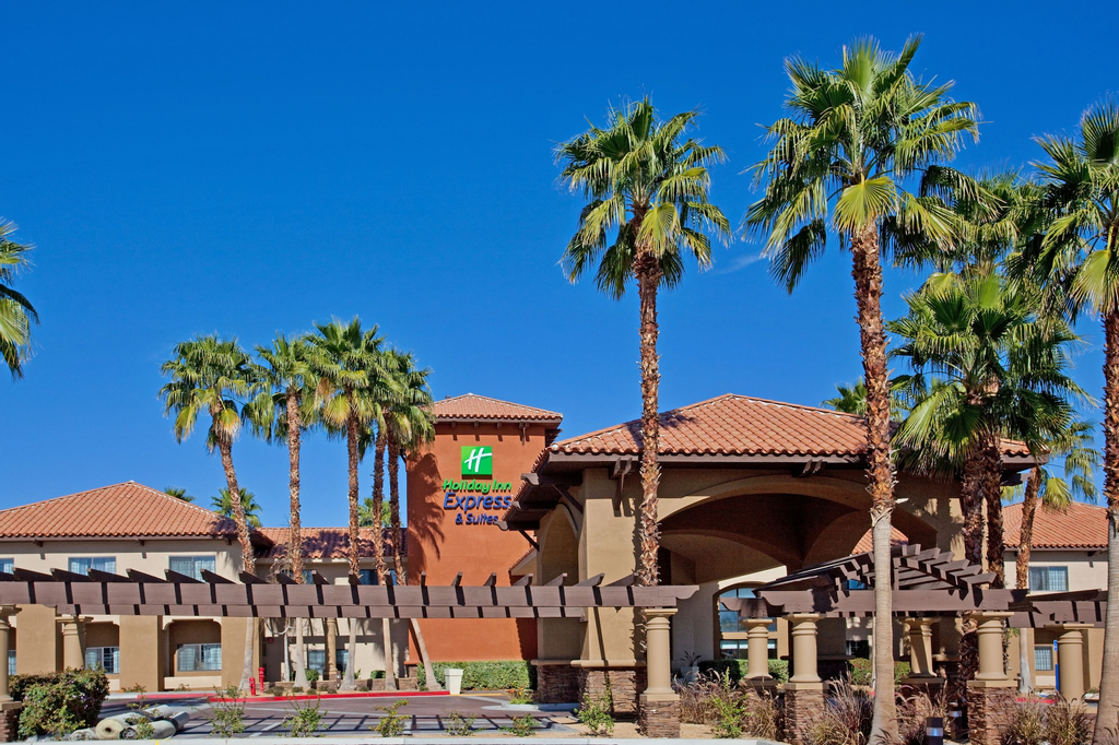 Holiday Inn Express & Suites Rancho Mirage, Riverside