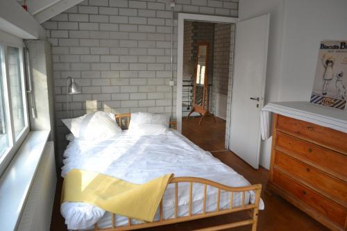 Loft house with rooms, Lenzburg