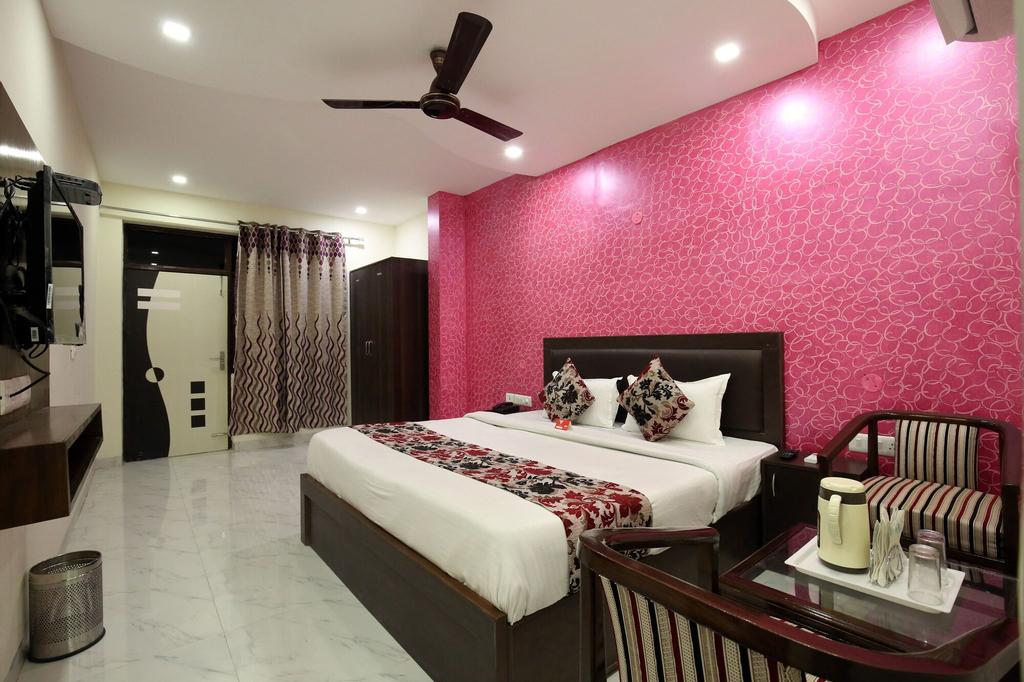 OYO 9040 Hotel Alpine, Chandigarh