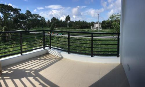 averons laiya beach house, San Juan