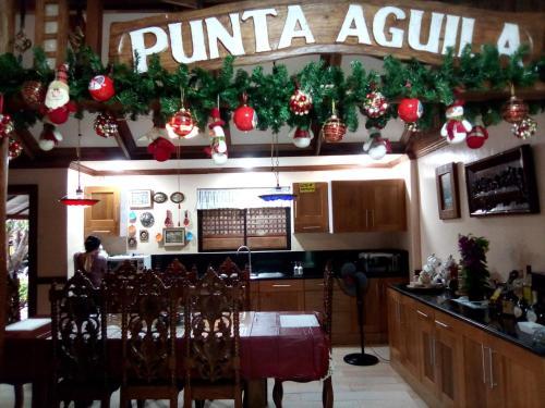 PUNTA AGUILA HOTEL, San Juan
