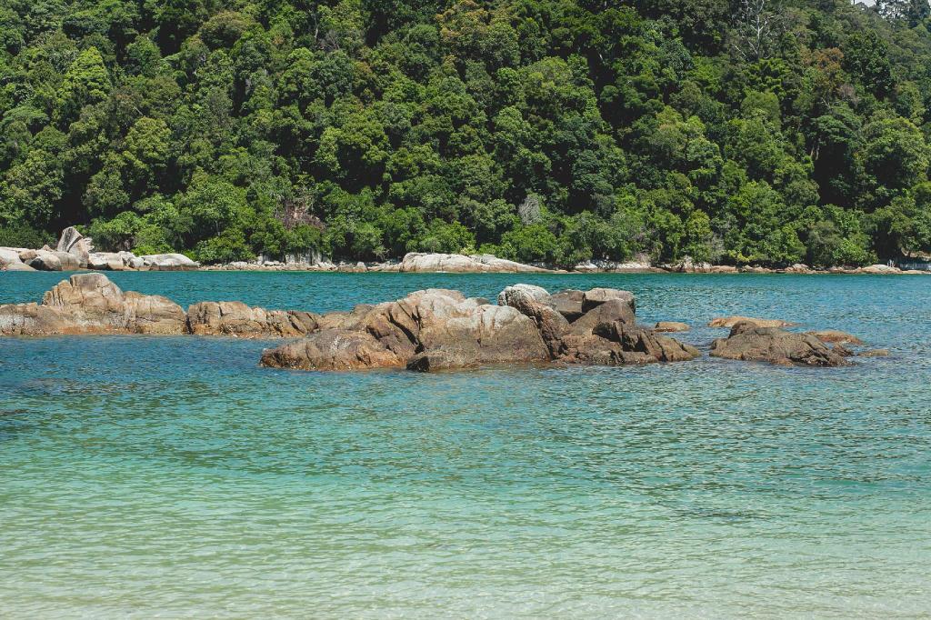 Anjungan Beach Resort, Manjung