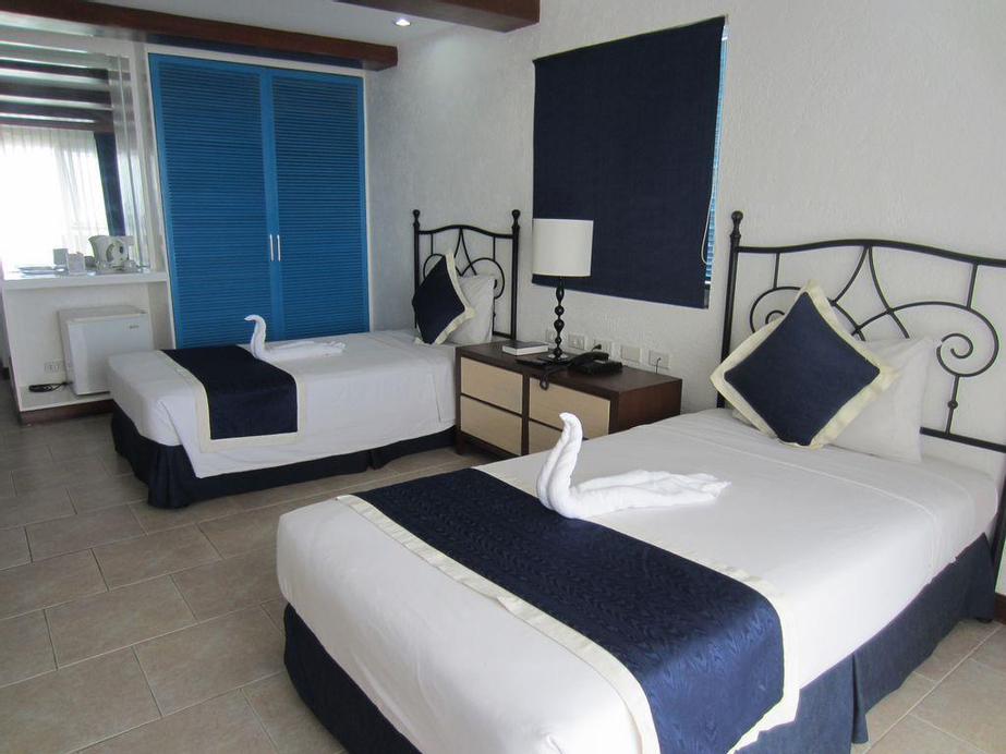 Estancia Resort Hotel, Tagaytay City